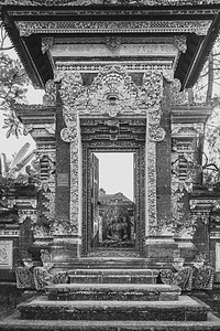 Temple entrance ... Ubud