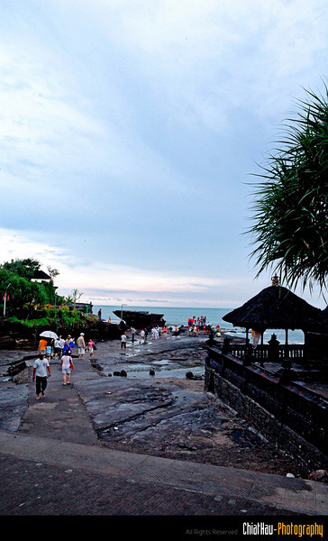 Great view in Tanah Lot. :)