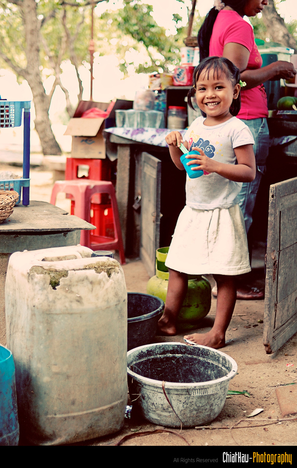 I noticed this little girl. She is just lovely...:)