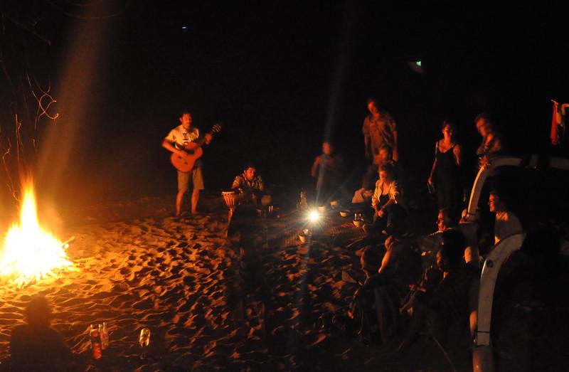 Bon+Fire2-734590145-O