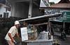 Street+vendor-739356019-O