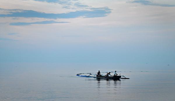Fishing+boat+Lovina-734619397-O