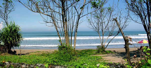 Beach front Bali Indonesia - 17 Apr 2006