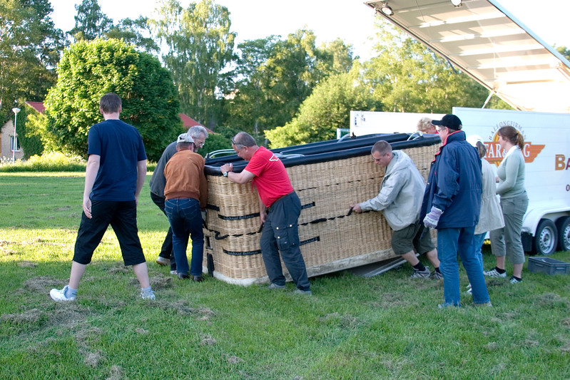 Unloading basket