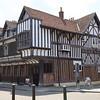 Southampton: Tudor House exterior