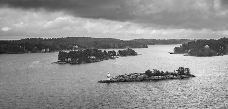Sweden is made up of a 30,000 island archapeligo!