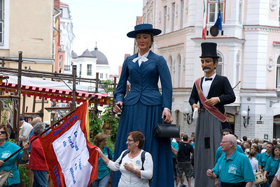 Estonia - Catalonia Parade & Old Town