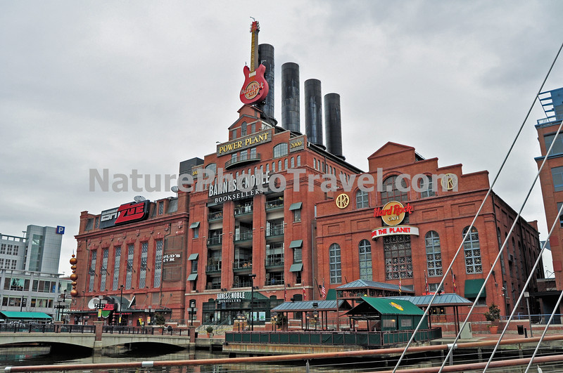 Baltimore Inner Harbor Power Plant: Pratt Street - A popular hangout! Barnes & Noble is built around the smoke stacks of the old power plant and inside pictures and descriptions tell about the history of the building. You can view the old water tubes from the inside. The Hard Rock Cafe, Gold's Gym, ESPN Zone, Chipotle and Houlahan's are also housed at the old Power Plant. Enjoy the day outdoors. There is plenty of outdoor seating and space for people watching too.