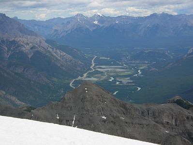 Vermillion Lakes and Banff about 10 miles up the Bow Valley to the southeast.