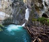 A panorama of the Lower Falls. Distance is very close from the walkway, so bring a very wide angle lens. The tunnel to the right takes you right up to the falls.