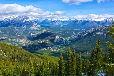 Banff Village/Bow River Banff National Park Alberta