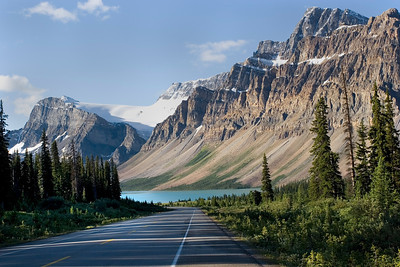 Icefields Parkway, Bow Lake, Crowfoot Glacier