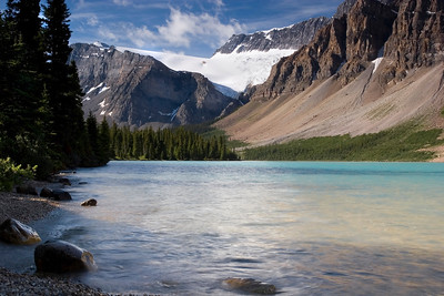 Bow Lake and Crowfoot Glacier