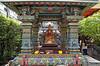 Wat Prasri Maha Umathewee, Silom Rd