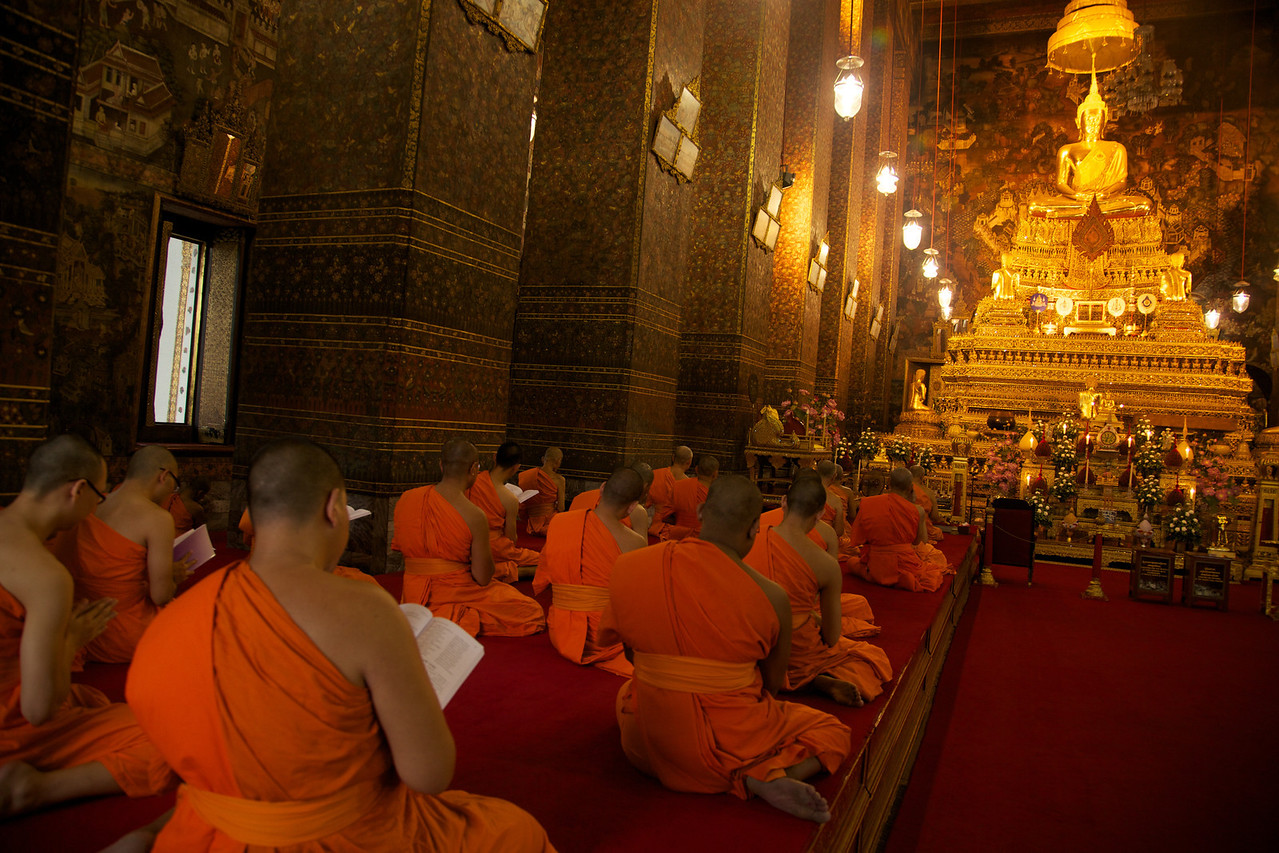 Afternoon prayers at the temple.