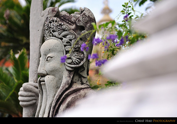 Another Guang Gong Statue
