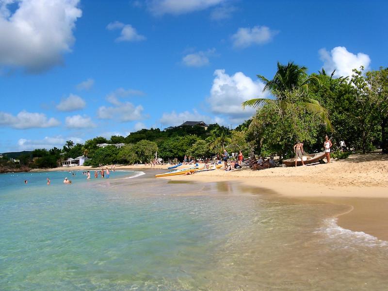 Pigeon Beach, Antigua