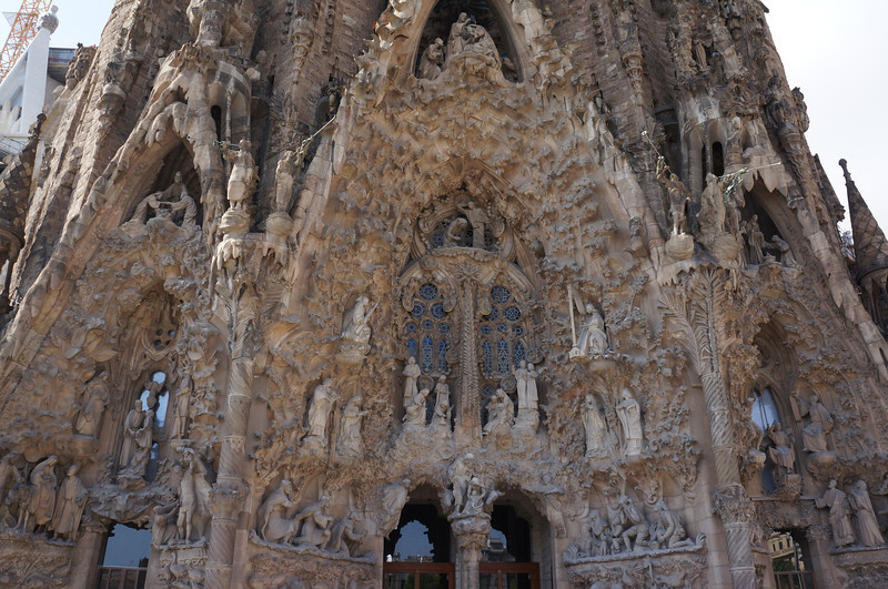 On the opposite side of La Sagrada Família where tourists come in stands the Nativity entrance. An intricately designed fresco detailing the birth of Christ and containing hundreds of creatures nestled into its design.