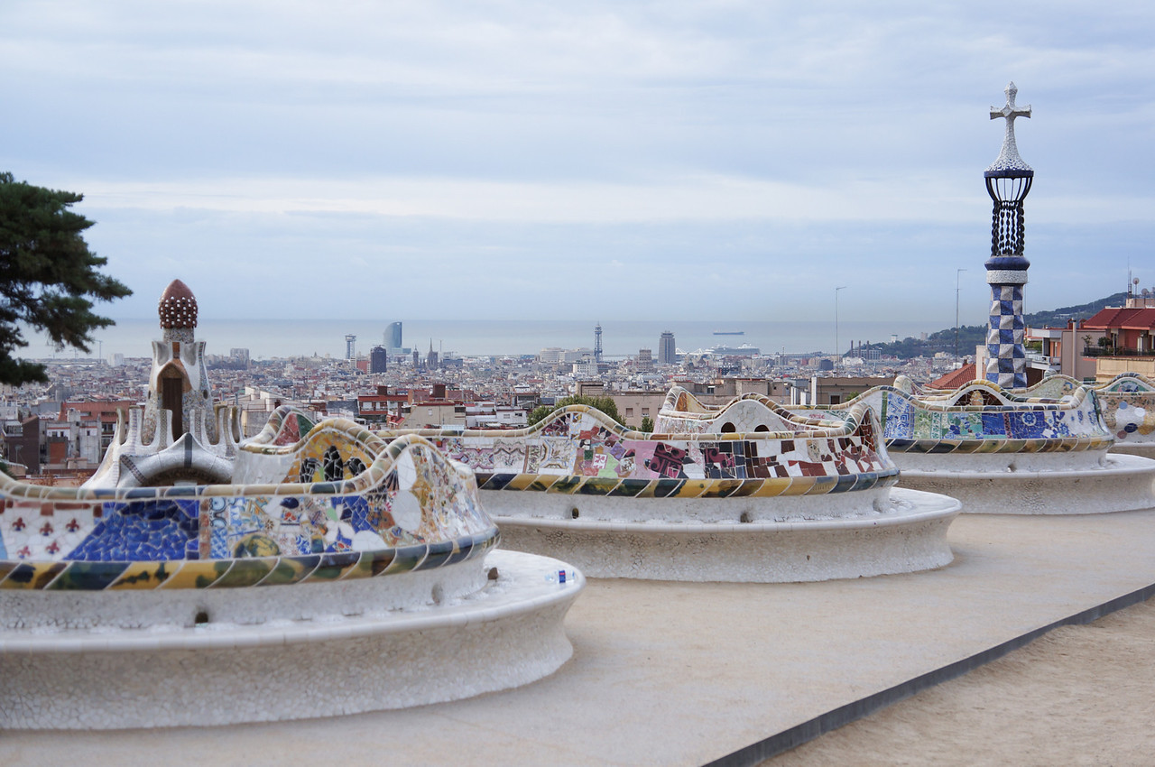 The serpentine railing and bench in Parc Guell.