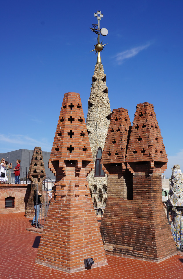 More sculptures covering the chimney stacks on the roof of Palau Guell.