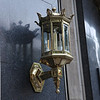 Look how well polished this lamp is. It's in front of a hotel, and it was NOT a cheap one (goes for the hotel too!!)