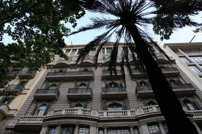 Diagonal. Great architecture. Love those palm trees, that are all over the place...