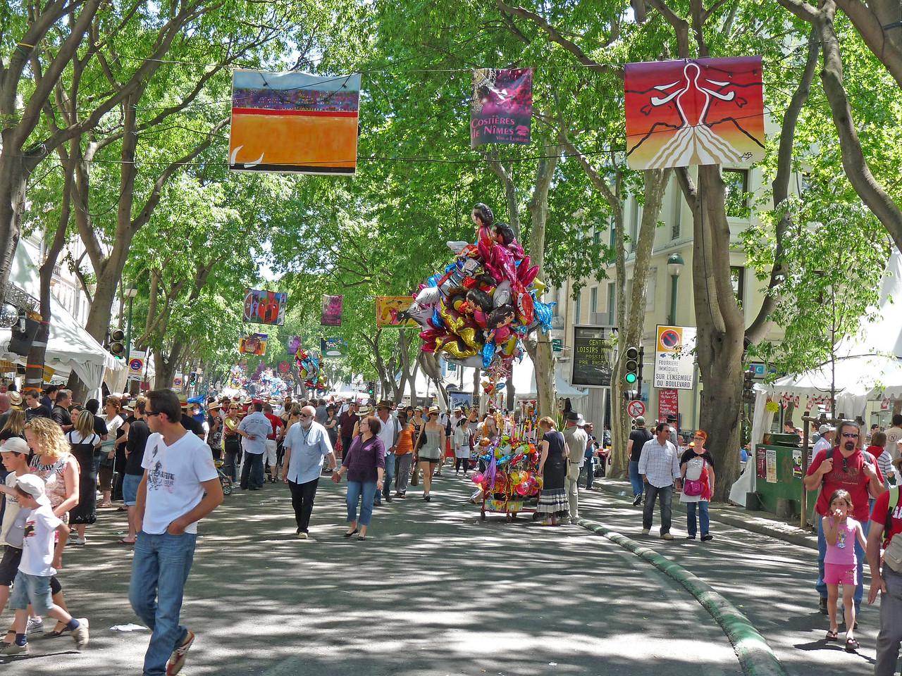 Nimes street fair (Feria)