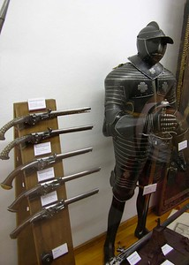 Another view of medieval armor and pistols.