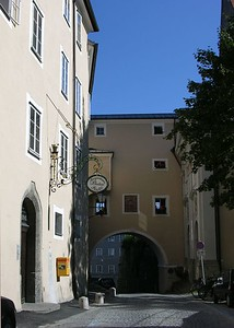 The Augustinerbräu Brewery and the Bräustübl Tavern at the Mülln monastery in Salzburg have been in existence since 1621.