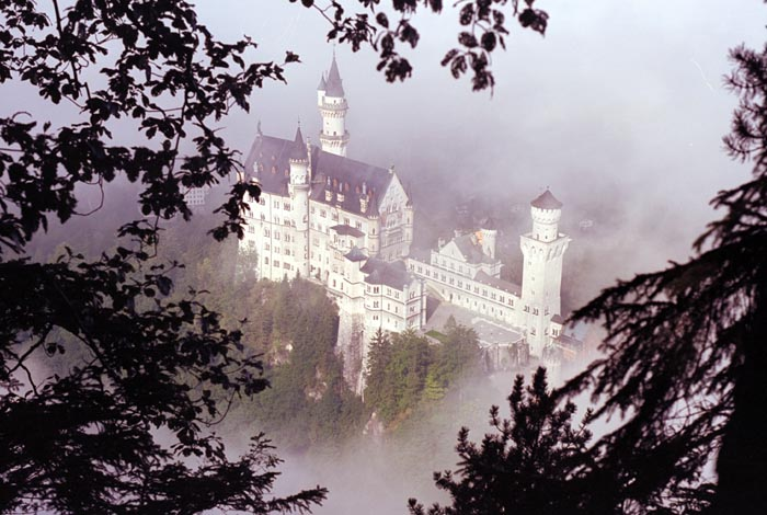 Castle in 1987- We had to return to Bavaria 20 years later. Before going to Garmisch we visited Munich ->