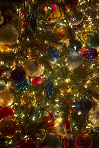 The thicket of ornaments on the Philadelphia Hall tree