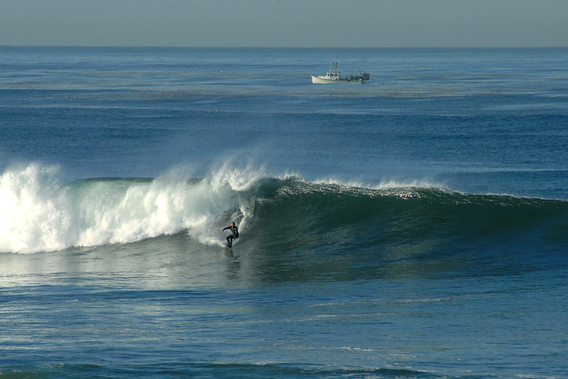 Great surf at Sunset Cliffs in January 2012