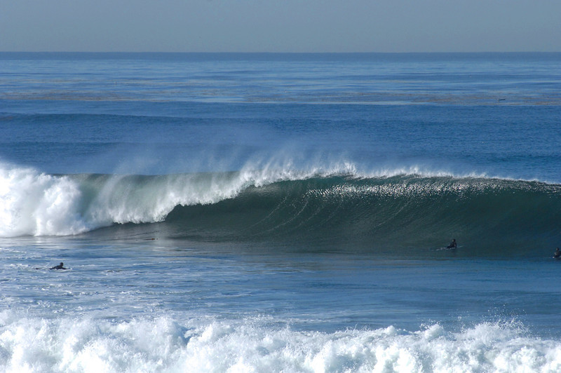 Beautiful wave on a big day at the Sunset Cliffs.