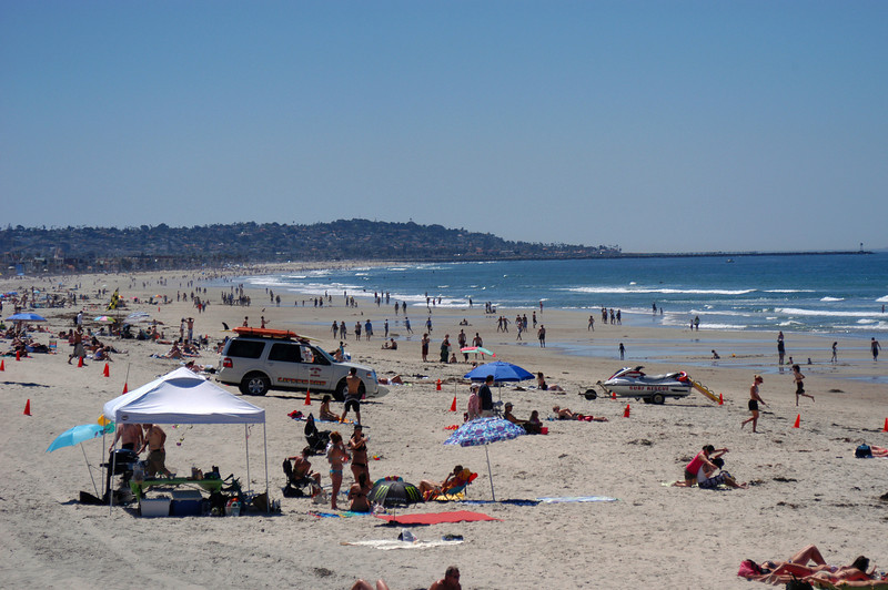 Looking south from Pacific Beach to Mission Beach with Point Loma in the distance.