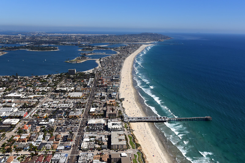 Aerial view of Pacific Beach,  from Crystal Pier looking south.