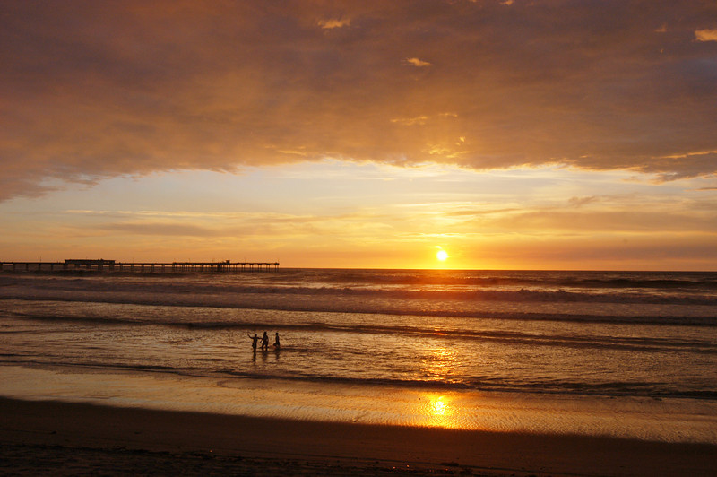 Another beautiful sunset at Ocean Beach, in San Diego, California.
