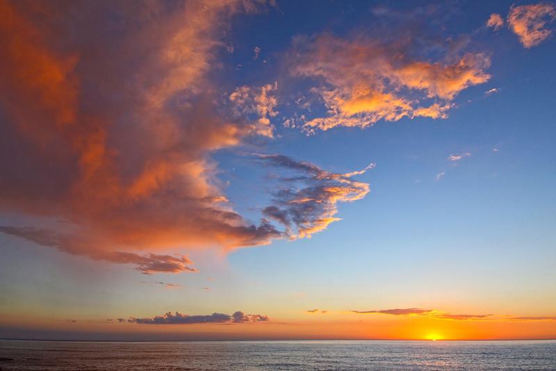 September sunset from Sunset Cliffs Blvd. in San Diego, CA