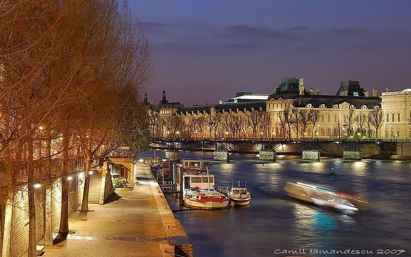 """LouvrePalace and """"le bord de la Seine"""", with Pont des Arts; Paris, France"""