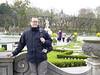 Marco im Mirabellen-Garten