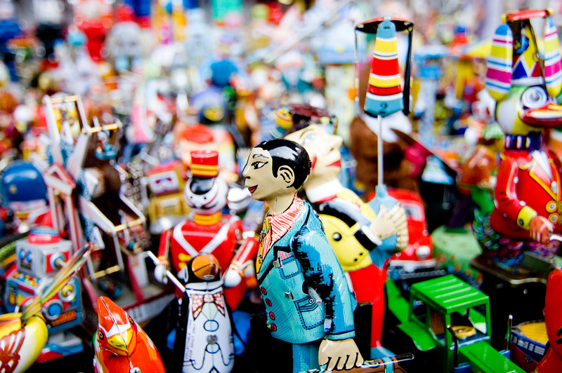 Cool wind-up toys at Panjiayuan, aka the Dirt Market
