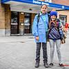 Ella & Amaya Vanhoucke - Vertrek op Kamp naar Opoeteren - Bevrijdingsplein - Menen - West-Vlaanderen