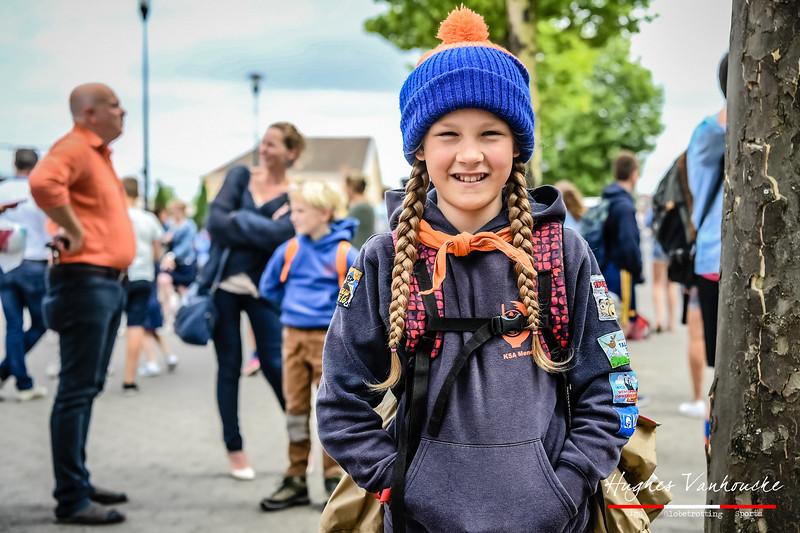 Amaya Vanhoucke - Vertrek op Kamp naar Opoeteren - Bevrijdingsplein - Menen - West-Vlaanderen