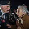 Kranige 93-jarige Welshe WW1 veteraan & 100 jarige Anna Vuylsteke uit Diksmuide