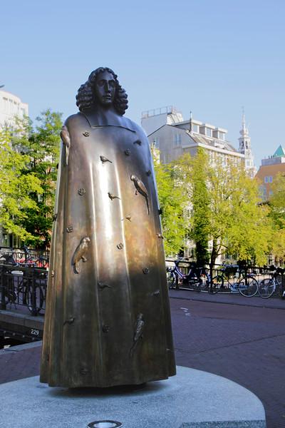 Spinoza Statue Amsterdam Holland