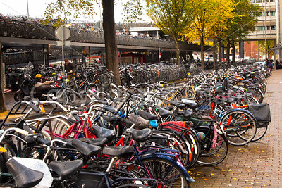 Bicycle parking lot