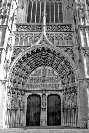 Onze Lieve Vrouw Kathedraal (Cathedral of our Lady) - One of the gothic entrances.
