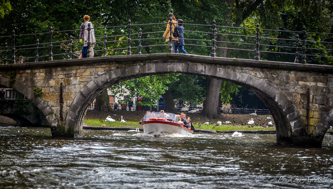 View of Minnewater Lake  under the bridge to Beguinage