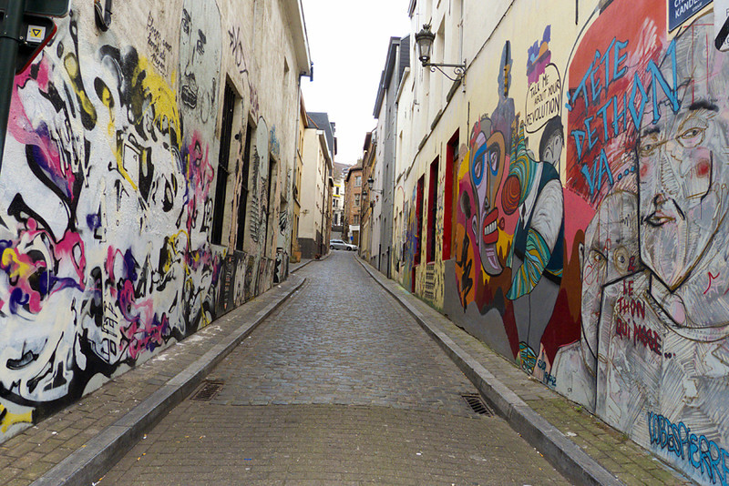 grafitti along Rue Haute