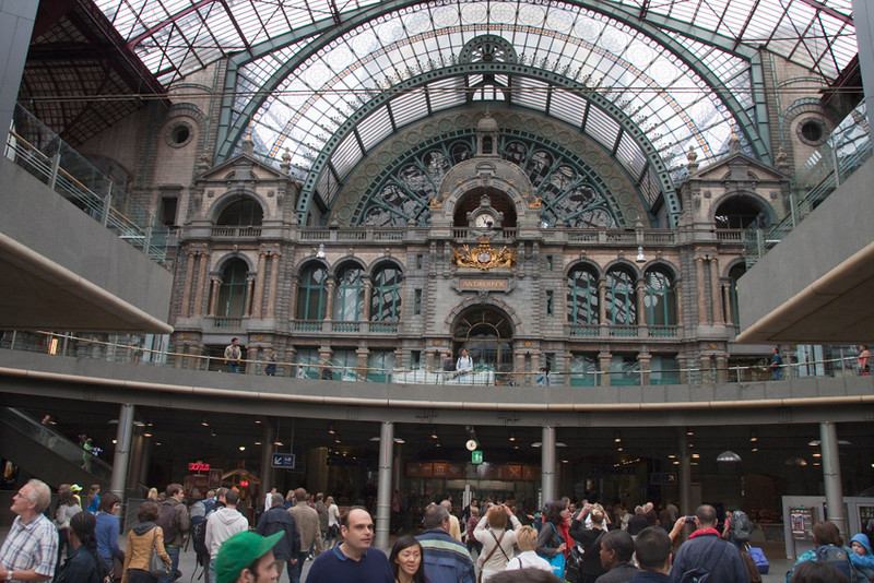 Central rail station - Main Hall