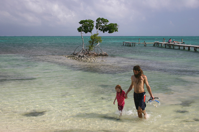 Belize 2007: Caye Caulker - Ziah and Matthew